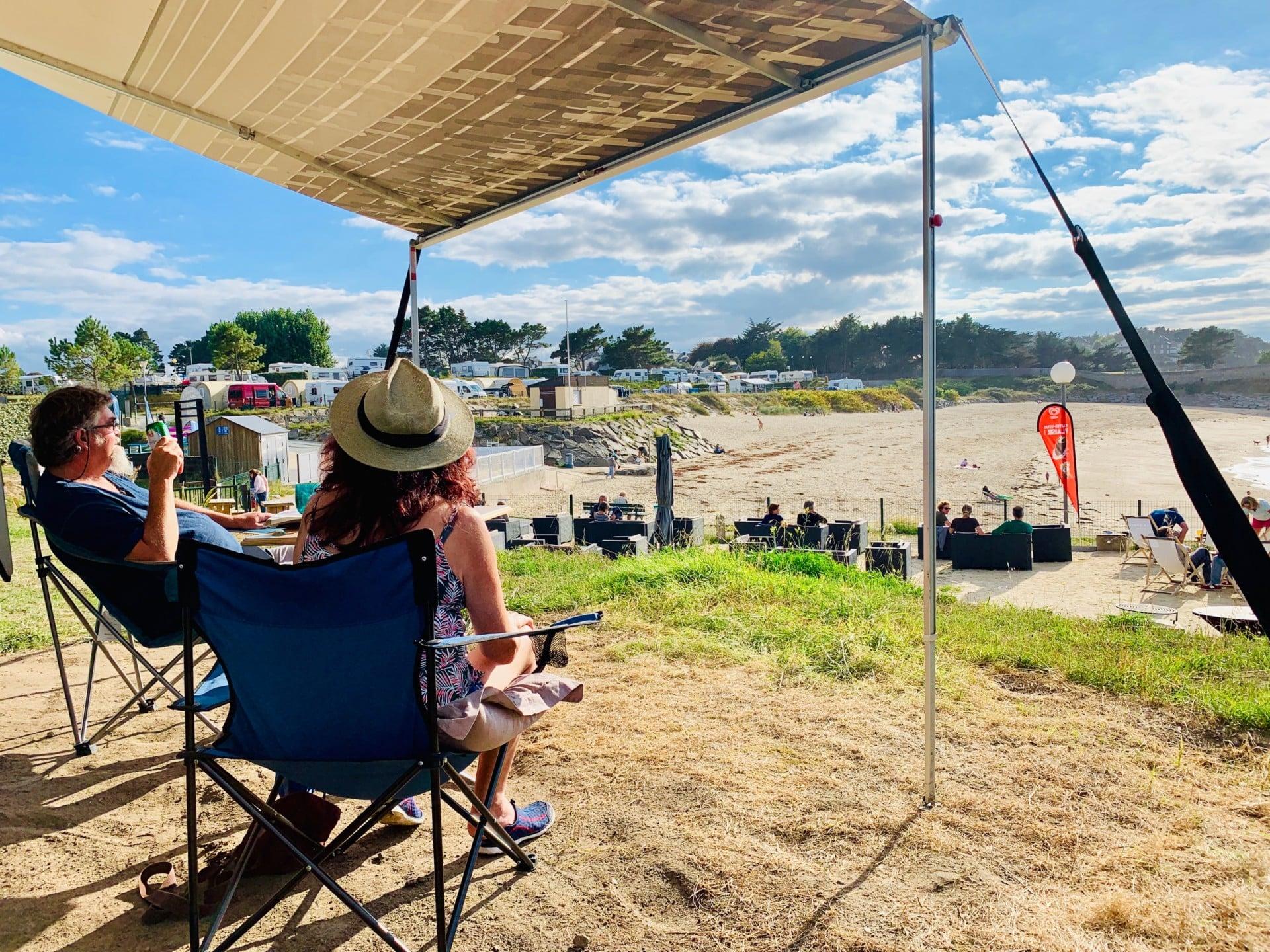 camping-car-vue-mer-plage