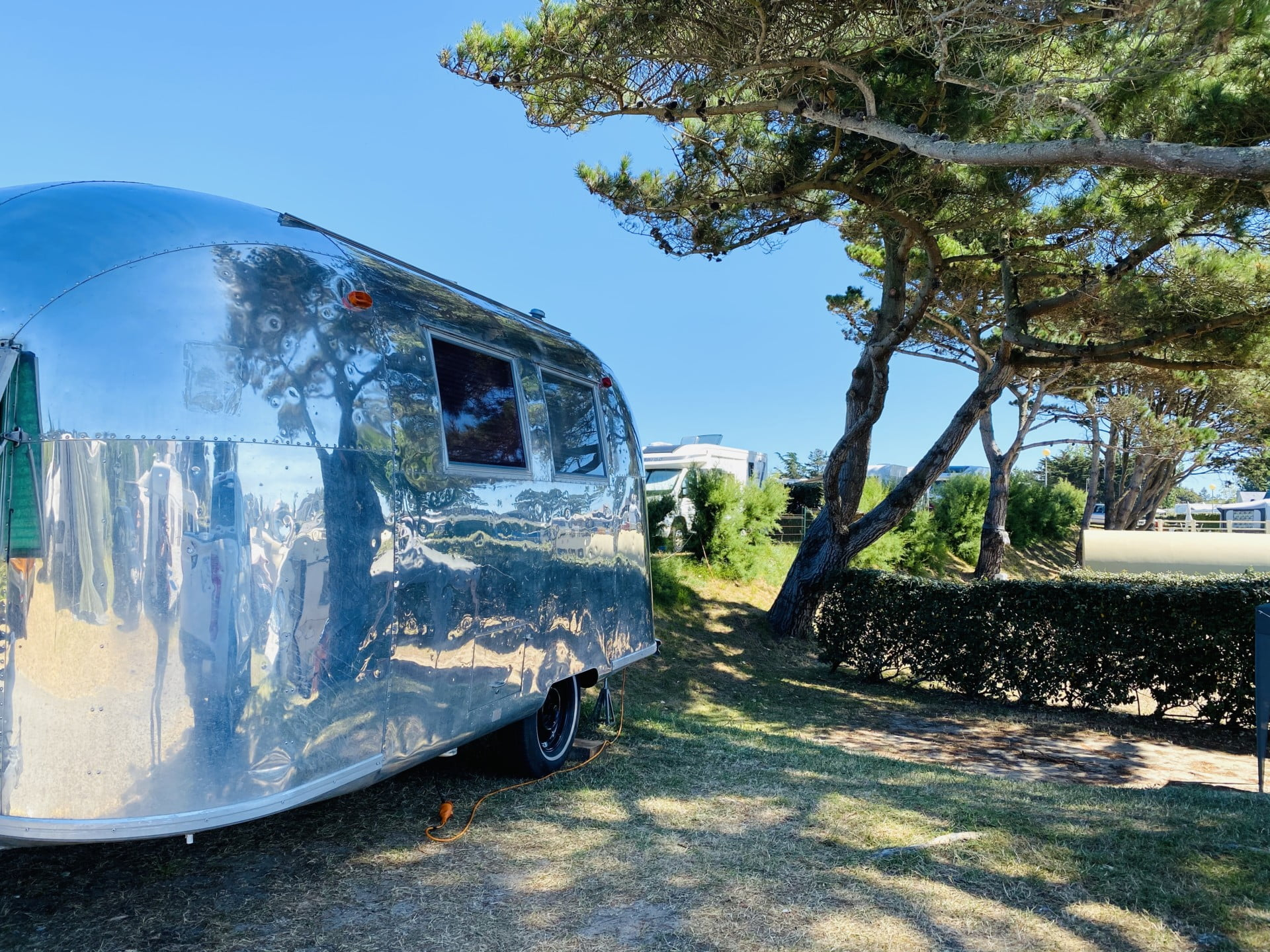 caravane-vue-mer-camping-port-blanc-dinard-bretagne